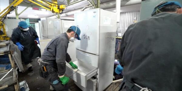 冷蔵庫-手解体2
